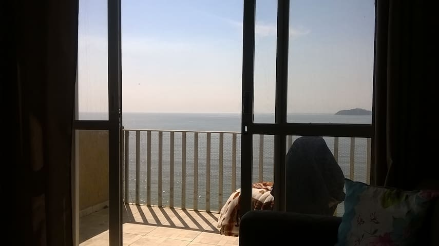 Apartamento beira mar Piçarras SC. - Piçarras - Leilighet