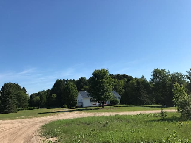 Murray's Tahquamenon Ranch