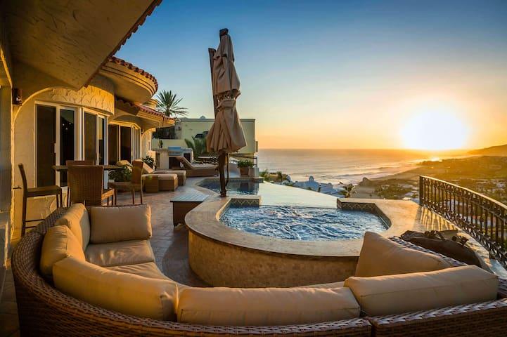 Villa Colibri, with private pool and ocean views.