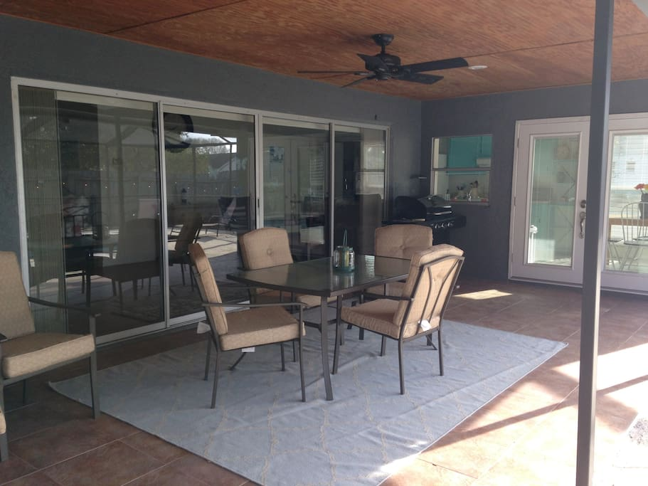 Large covered lanai overlooking pool