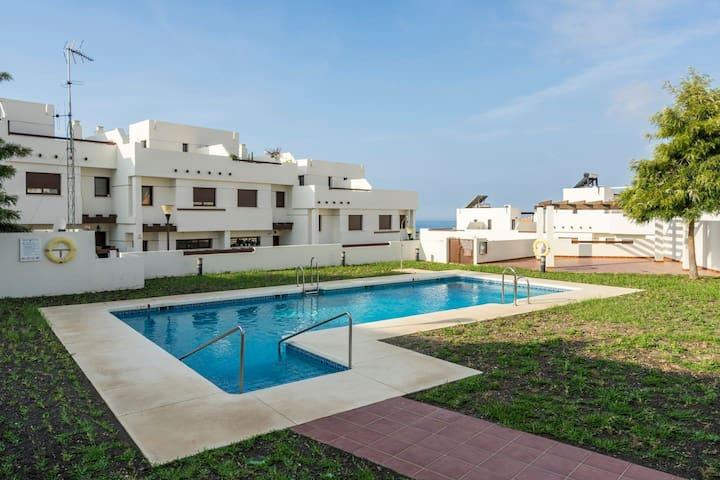 Casa Louisa, Holiday House, wifi, pool, beach 5 p