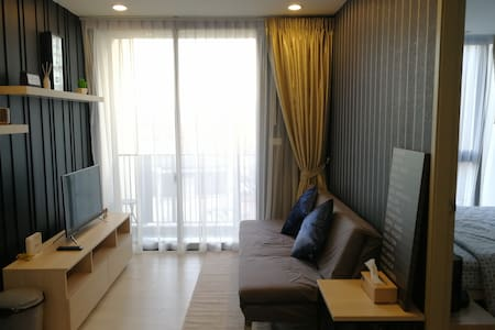 Brand New 1 Bedroom Unit on Nimmanhaemin Soi 5 - Chiang Mai - Appartamento