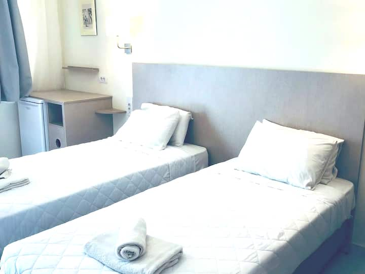 Fira home4~ private studio in city center!