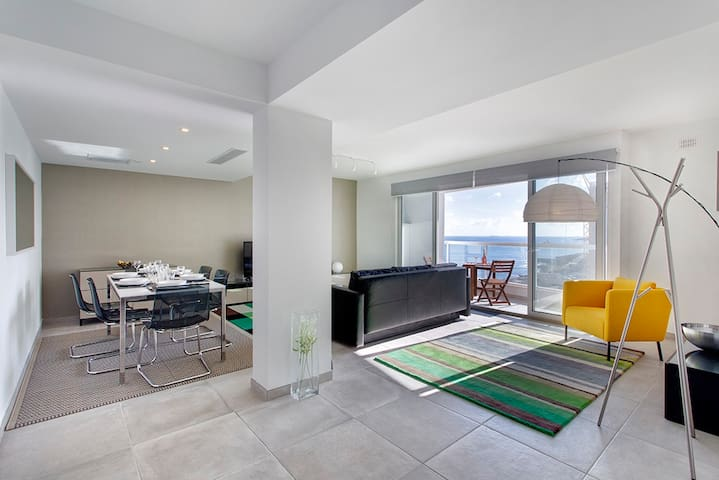 Marvellous Seafront Apartment in the Best Location