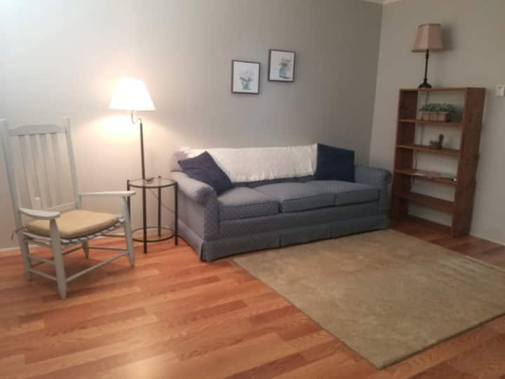 803D Apartment Living for Work or Short Stays