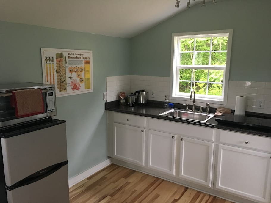 Kitchenette to prepare meals from local produce and protein