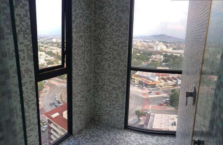 Vista Baño Recámara #3
