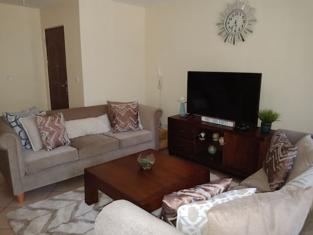2 cosy private rooms in Serene kileleshwa Nairobi
