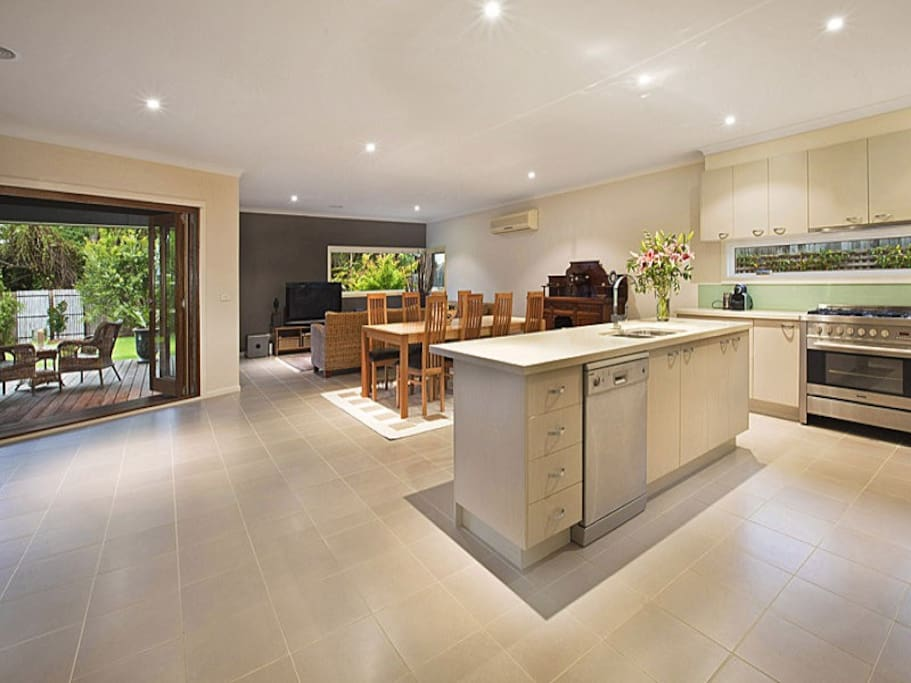 Big spacious kitchen dining room