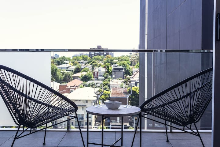 South Yarra at your door - 2Br