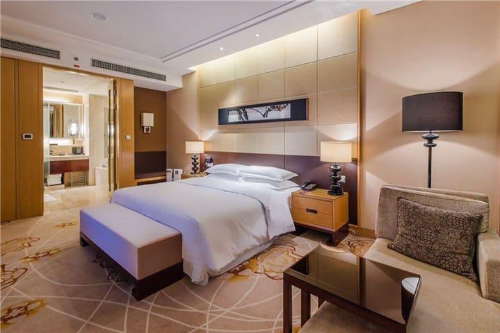 万达高级公寓含双早双晚,有单独泳池,健身房和温泉SP - Wuxi - Osakehuoneisto