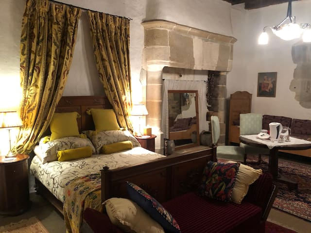 The charming Prince Suite