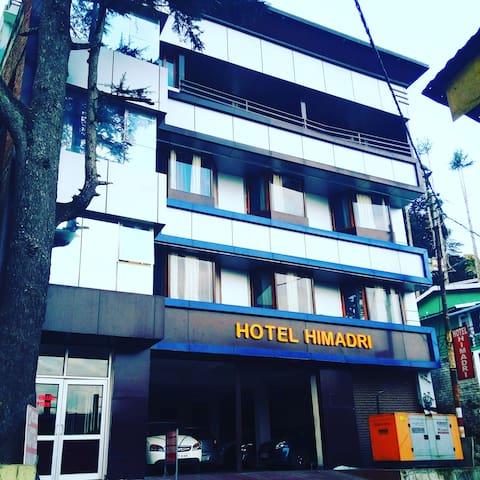 Hotel Himadri Almora