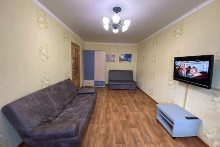 Апартаменты на Маршала Жукова