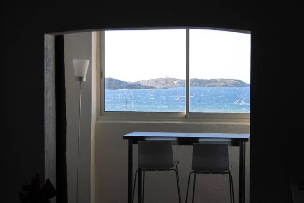 la terrasse fermée avec vue mer