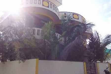 DUPLEX FULLY FURNISHED HOME: Kingdom of Heaven - Bengaluru - House - 1