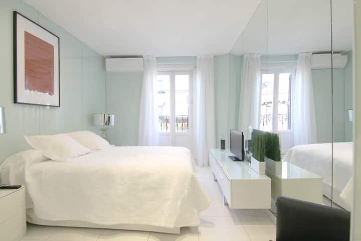 Renovated apartment in the center  SB 2