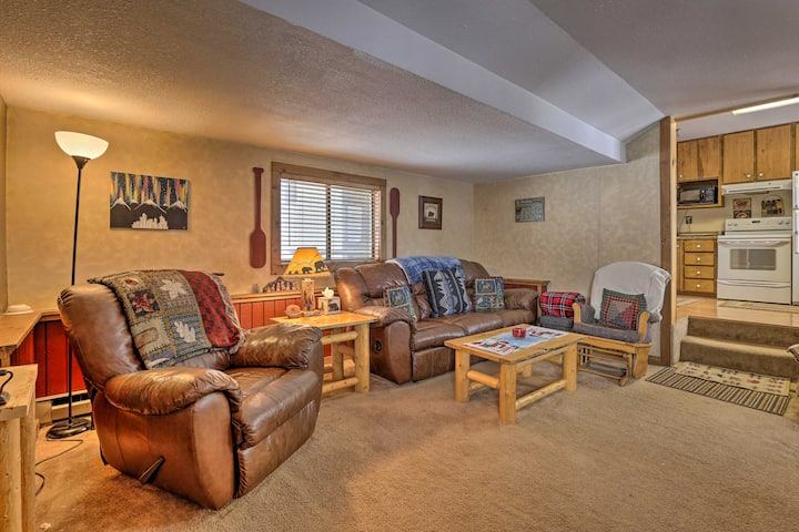 NEW! Grand Lake Escape w/ Fireplace, Grill & Deck!