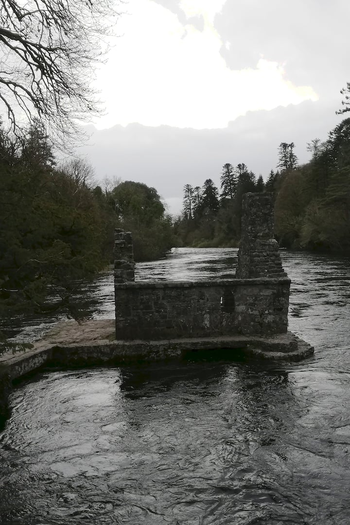 Old fishing house in Cong forest