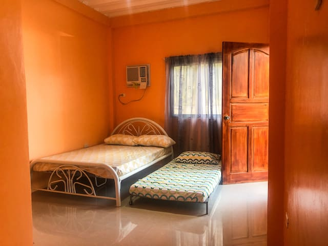VILLA 11 ( Room with TV, Aircon & CR)