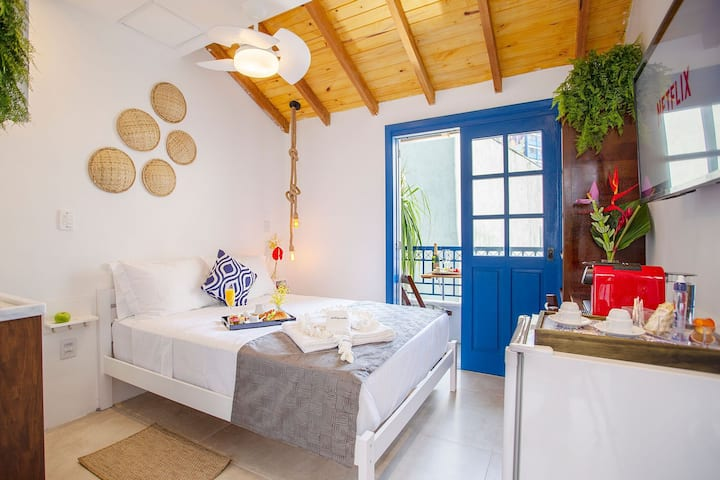 Charming Greek Style Studio great location 22