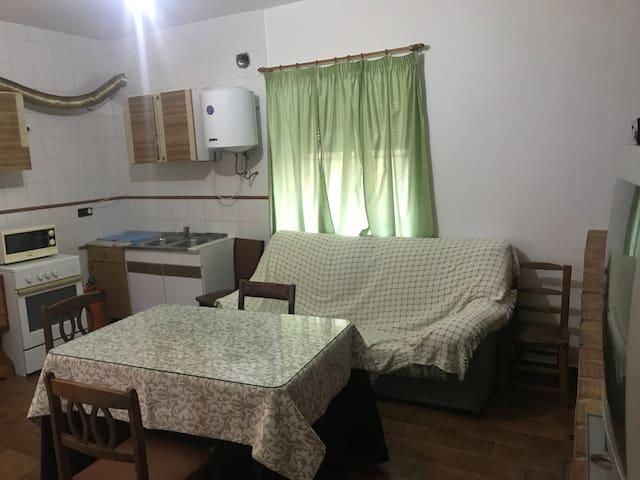 Casa de Campo en Mogón