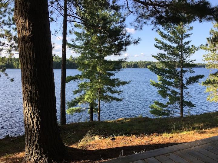 Private Getaway - Weslemkoon Lake Boat Access