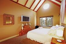 King room with Foxtel and ensuite