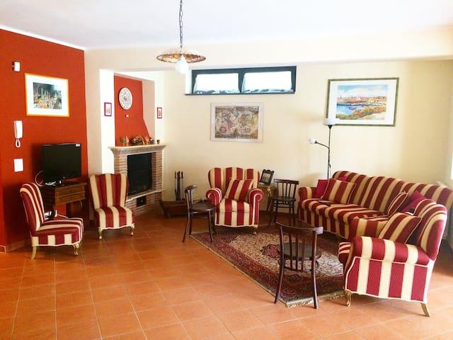 Villa Girasole dell'Etna - Zafferana Etnea - House
