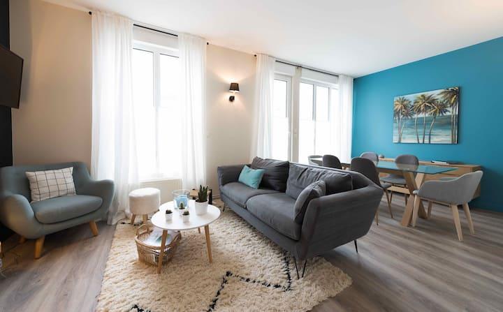 Hyper centre - 3 petites chambres - WIFI - cour
