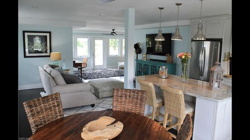 Beautiful Island Cottage - Fort Myers Beach - Hus
