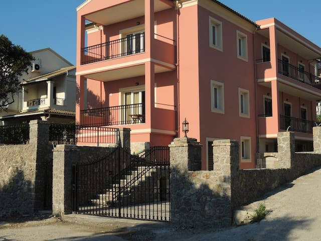Kanoni Apartment