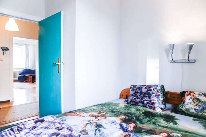 Cozy room in furnished Appartment - Berliini - Huoneisto