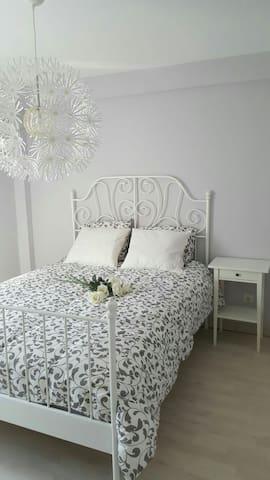Piso nuevo de tres habitaciones en Madrid