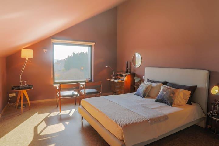 Guest house EÇA AGORA! - suite A RELÌQUIA - 27m²
