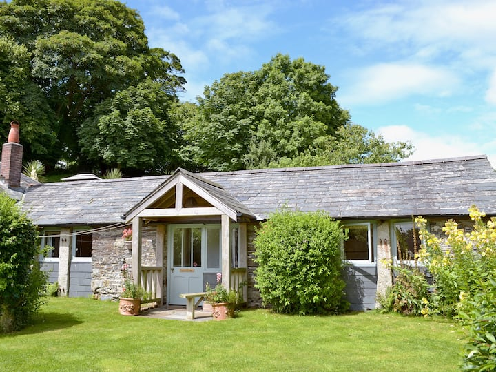 Apple Cottage (UKC674)