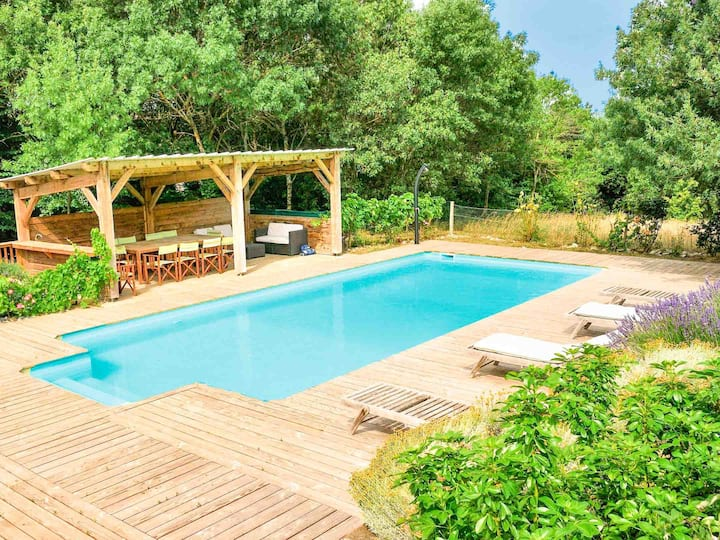 Quality quiet Mansion 4* private pool with views