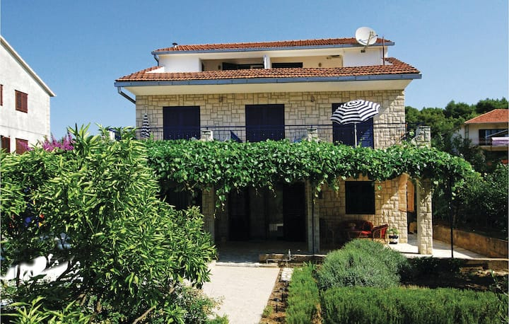 Amazing home in Stari Grad with WiFi and 0 Bedrooms