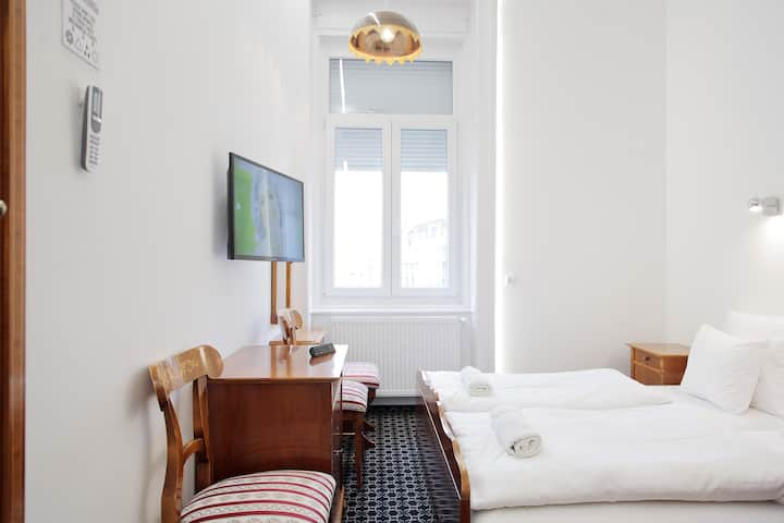 Maverick Vintage Double Room With View