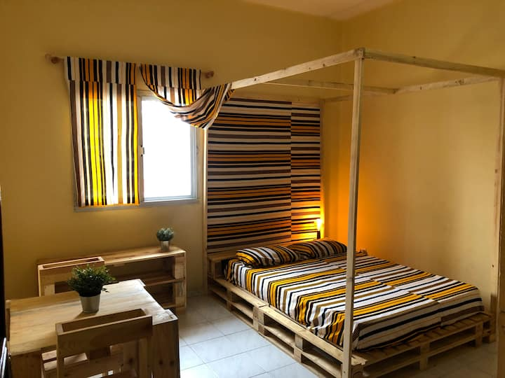 Chambre meublé à Point E, Dakar