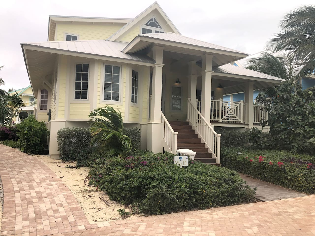 The Pink Villa offers families and friends a chance to unwind in the comfort of a home away from home. This Villa features two master suites with two and a half bathes, located just steps away from the Marina , Clubhouse, and Sunset Beach.