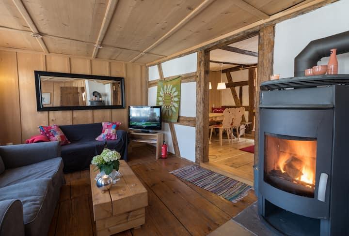 Historisches Gerberhaus - Romantisches Feriendomizil mit Sauna, Kamin, handgefertige Möbel, Wifi