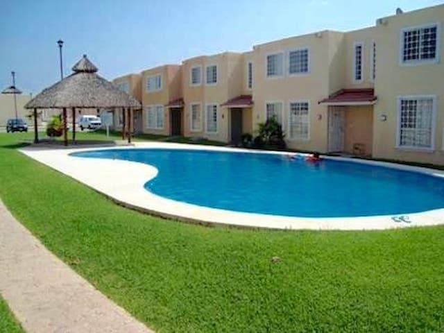 Casa en Condominio Gaviotas - Acapulco - Casa de camp