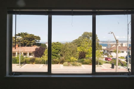 Private Room in the heart of Cannery Row - 太平洋丛林(Pacific Grove) - 公寓