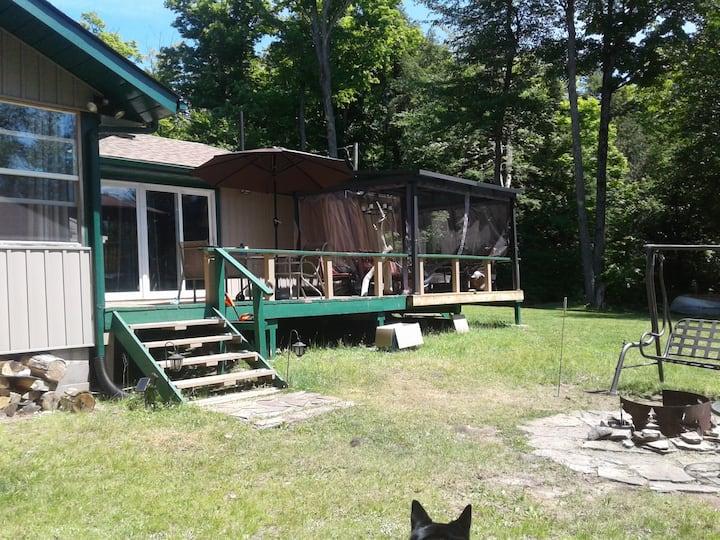 Weslemkoon Fishing and Family Cottage
