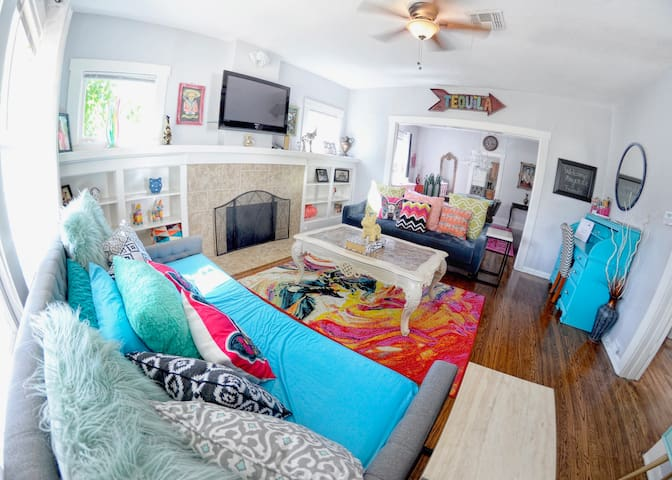 Amazing Spacious - 6 min to Alamo & Riverwalk