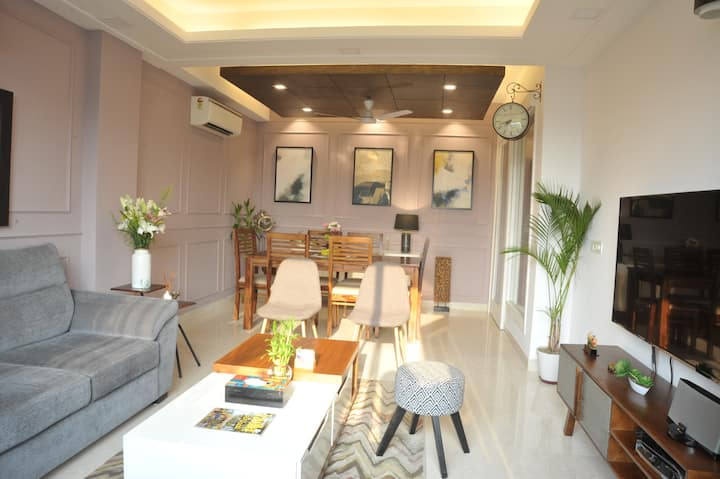 ★Central Terrace★|Artsy & Modern 3BHK Apartment