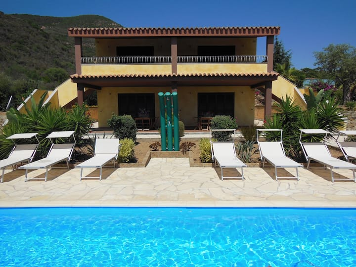 Appartment with shared pool in mini resortTertenia