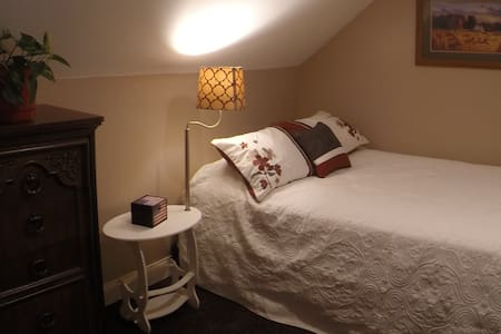 "2. ""Monthly Rental"" Furnished, Waterfront Suite"