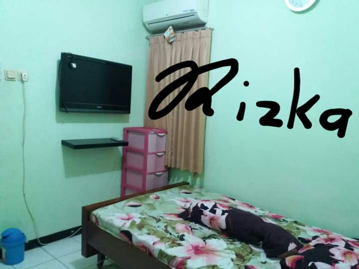 Sewa Rumah Gading Serpong Full Furnished
